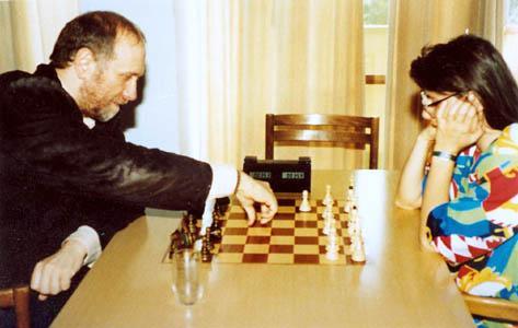 El mítico Bobby Fischer enfrentándose a Susan Polgar